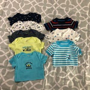 8 Carter's Bodysuits - Baby Boy Size 18 months